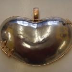 Herzmedallion in Platin und Rotgold