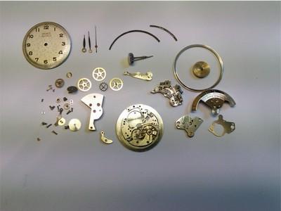 Mechanisches Uhrwerk mit hammerschlag automatik komplett zerlegt