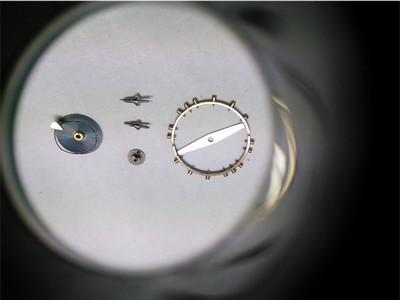 Schraubenunruh mit Breguettspirale zerlegt