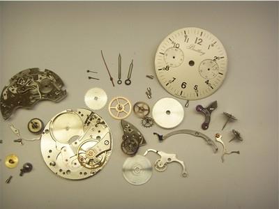 Vintage Breitling Chronograph zerlegt