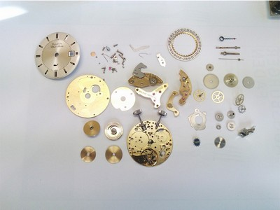 mechanischer Wecker Bulova Wrist Alarm Uhrwerk komplett demontiert